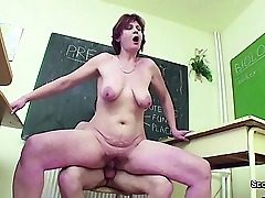Gal Teacher show Youthful How woman get pregnant