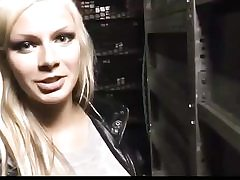Kinky platinum-blonde gets her pierced beaver bashed on the back seat of the truck